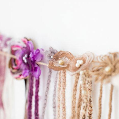 Haarbänder für Neugeborenenfotoshooting bei Birte Wührmann